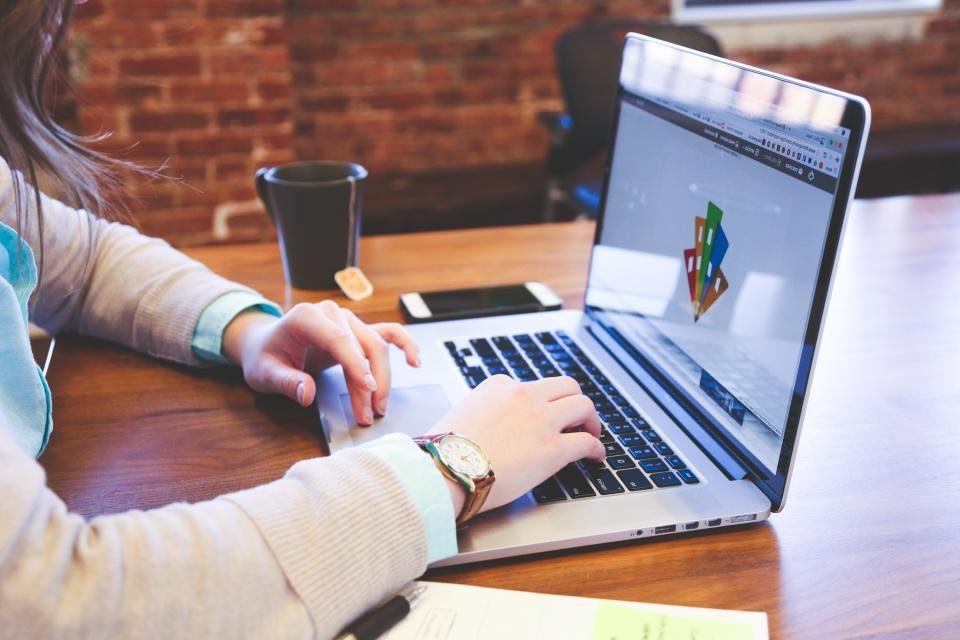 8 Olağanüstü Ek İş Fikri 2020 | Ne Yapabilirim | Evden Para Kazanma Yolları
